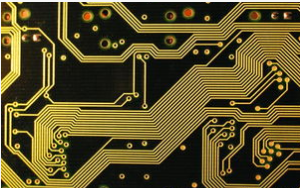 What are the advantages of using three proofing paint in PCB