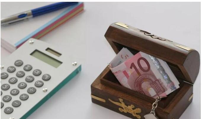 What does the financial blockchain platform bring to enterprises