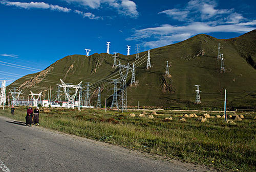 Yunnan Hongneng power sales company is fully promoting the transformation to smart grid operators